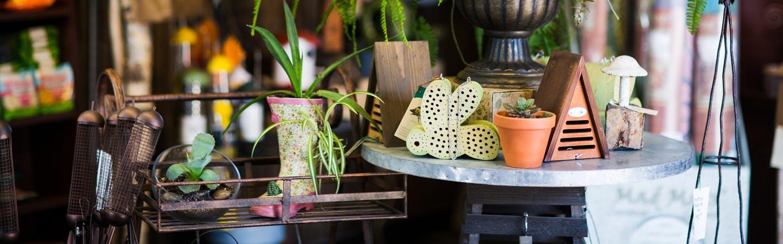 Garden market items