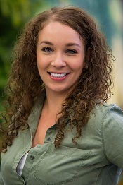 Kristi Newton Headshot web