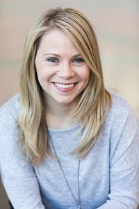 Lauren Wallerius headshot