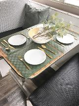 BHTH_Dining_Table