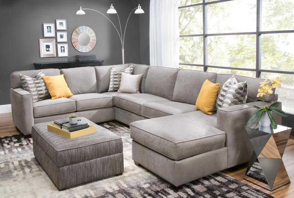 Slumberland Furniture Dominates Main Stage