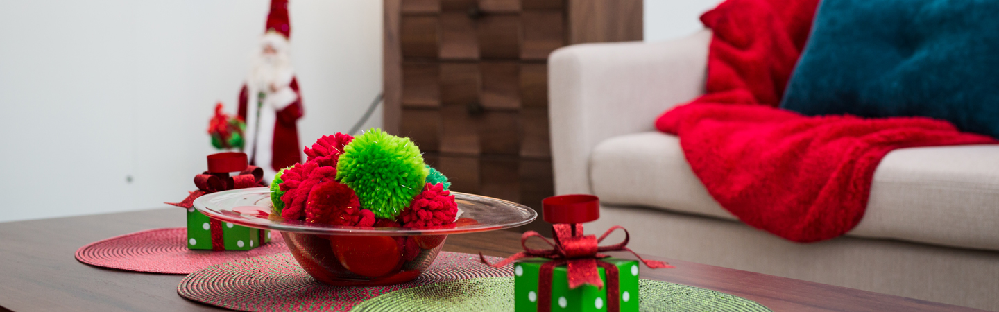 Decorative holiday table