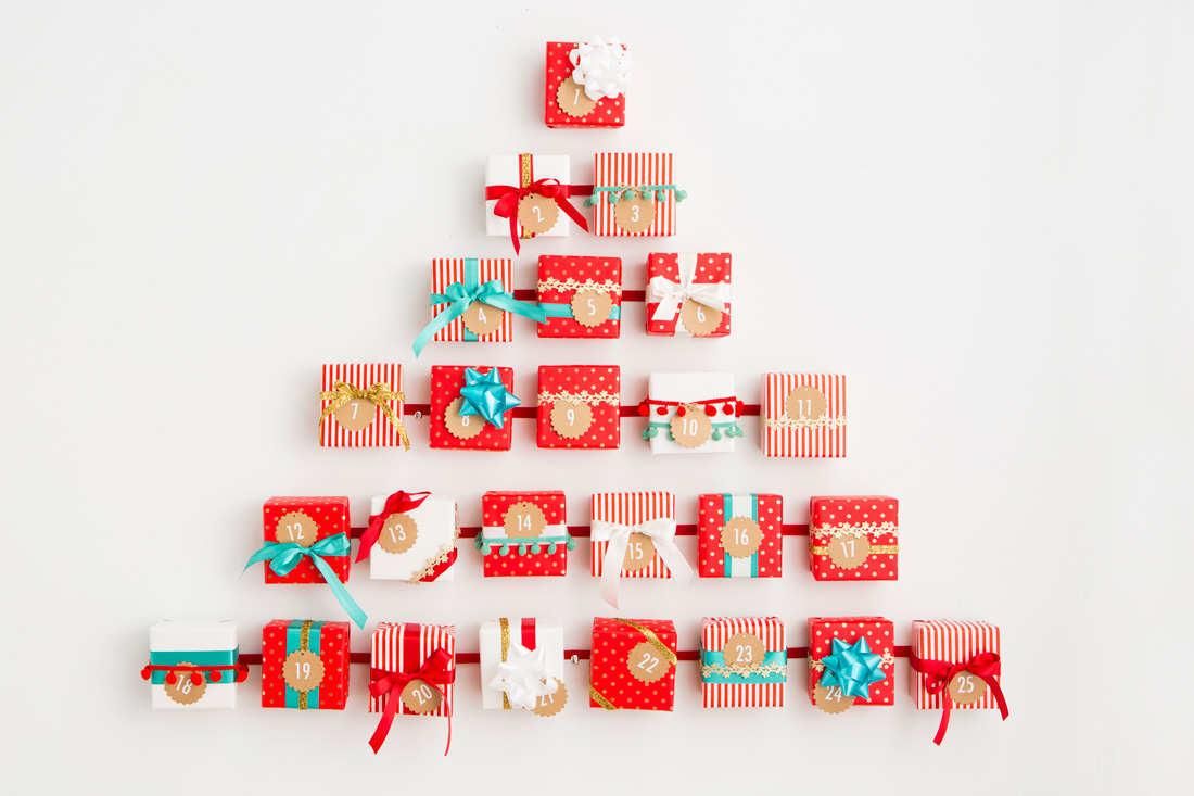 Present make this tree shaped Advent calendar