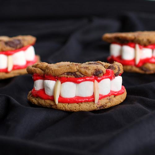 Halloween_Vampire
