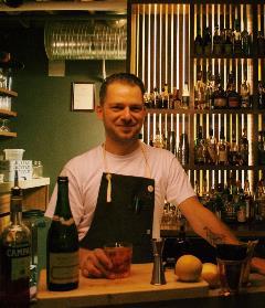 Josey Krahn - Forth Bar
